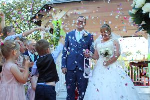 blog Kelly and Mark wedding video in Kent